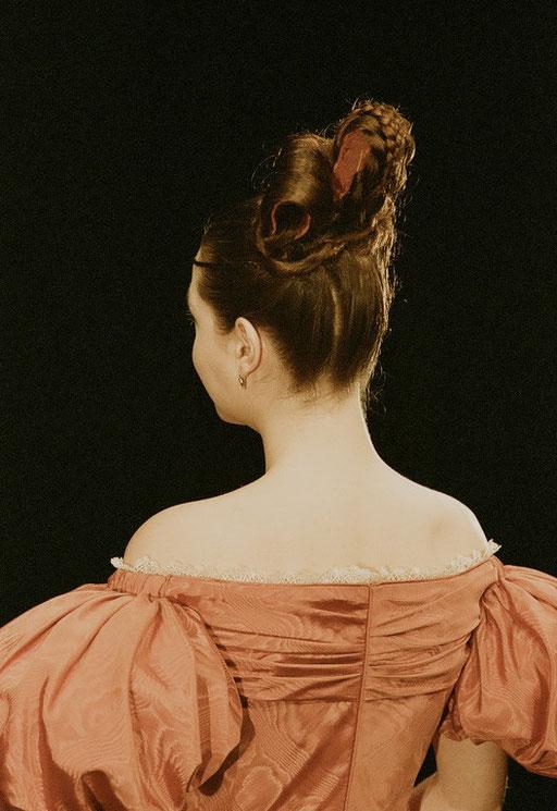 Frühbiedermeier - Eigenhaar mit Haarteilen