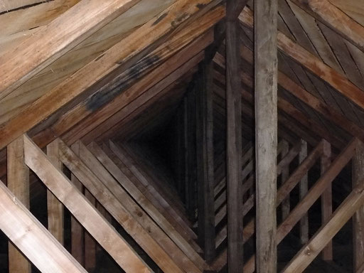 Kriche von Quinchao - knifflige Holzkonstruktion