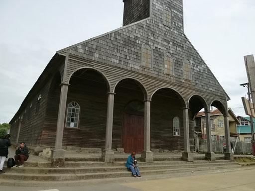 Kirche von Anchao (älteste der Holzkirchen auf Chiloe)
