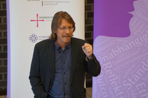 Keynote von Prof. Dr. Ulrich Dolata,Universität Stuttgart | Social Talk 2016 © Sabine Schlitt, EKKW