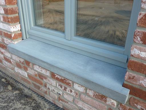 Fensterbank Beton mit Ausklinkung