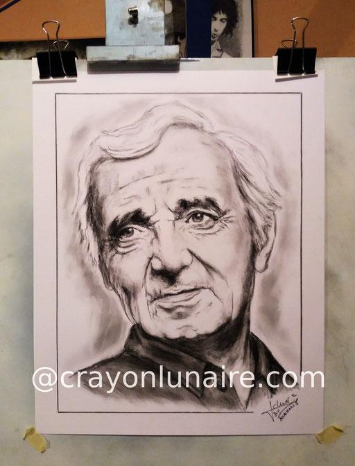 Charles-Aznavour-portrait-au-fusain