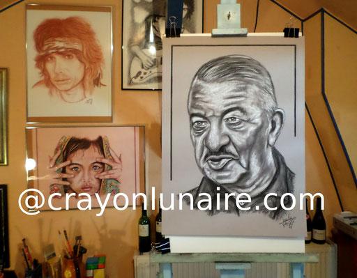 Portrait Robert Dalban fusain et pierre blanche.