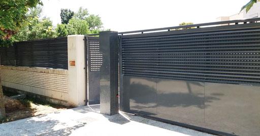 Cerramiento de panel aluacero lacado