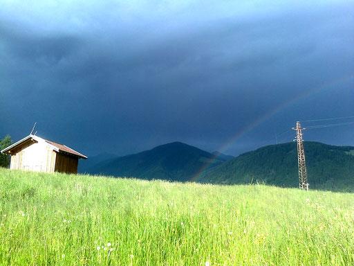 Gewitter und Regenbogen + temporale e arcobaleno + thunderstorm and rainbow