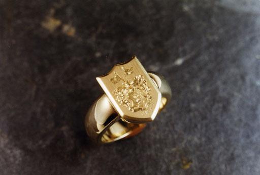 Siegelring aus Gelbgold