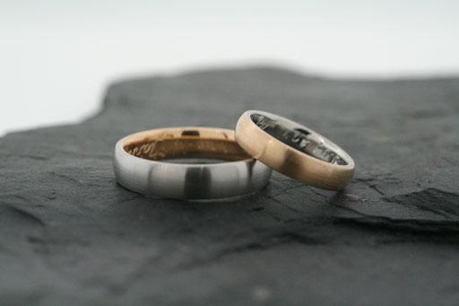 Trauringe / Eheringe: Sandwich-Ringe aus Platin und Roségold
