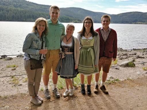 Christine, Marco, Hannah, Katrin und Jonas