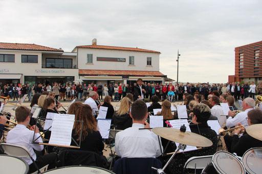 Konzert auf dem Marktplatz in La Tranche