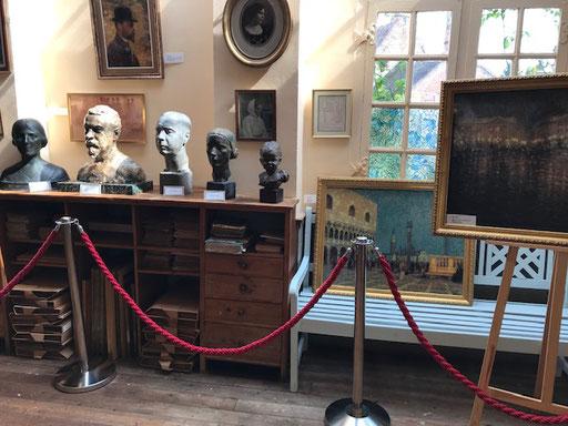 l'atelier du peintre Henri Le Sidaner - son buste par Félix Alexandre Desruelles