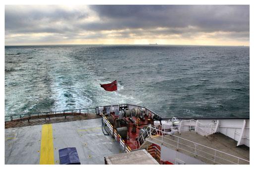 Rückfahrt auf den Kontinent über den Ärmelkanal
