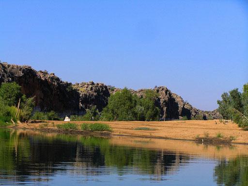 Der Geikie Gorge Nationalpark liegt in der Kimberley Region in W.A. und ist vor 350 Millionen Jahren entstanden. Es war ein gewaltiges Riff, das rund 1.000 km lang und 20 km breit war.