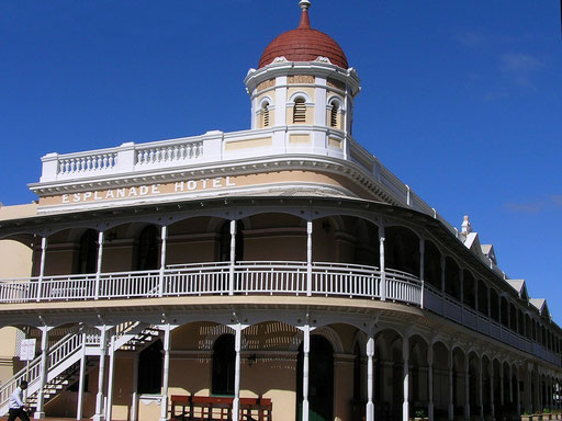Das Esplanade Hotel in Fremantle.