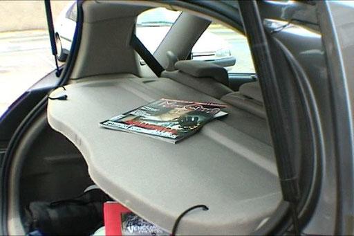 Un Mad traine dans la voiture!