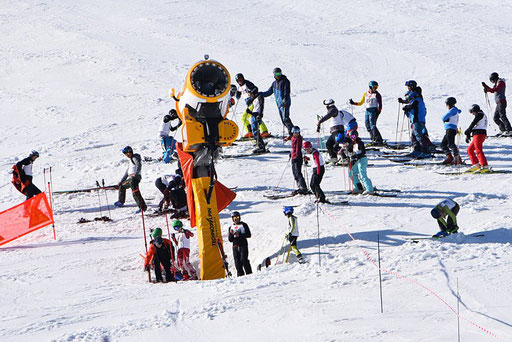 SV DJK Heufeld Skiteam Vereinsmeisterschaft 2019 im Sudelfeld Rennläufer am Start.