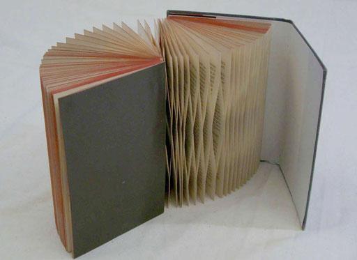 Mark Twain/ PAPIER-art ART-papier, Buchobjekt, Papierarbeit, Kunstobjekt, Harald Metzler, Mattsee, Österreich