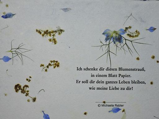 hangesch. Blütenpapier mit Jungefer im Grünen und Bleidruck Detail