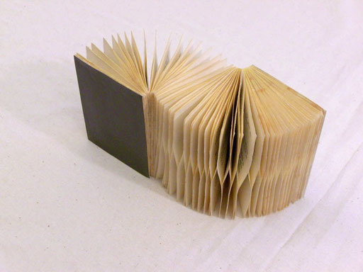 Tagore/ PAPIER-art ART-papier, Buchobjekt, Papierarbeit, Kunstobjekt, Harald Metzler, Mattsee, Österreich