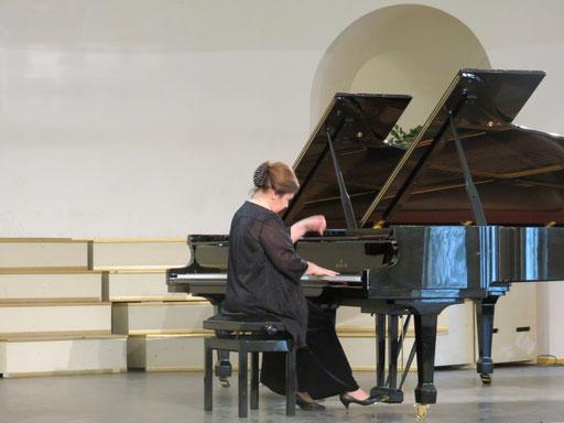 Татьяна Лупикина на концерте -открытии конкурса