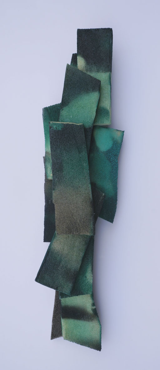 2018, Relief, Acryl, Leim auf Schaumstoff,45x12,5x8cm