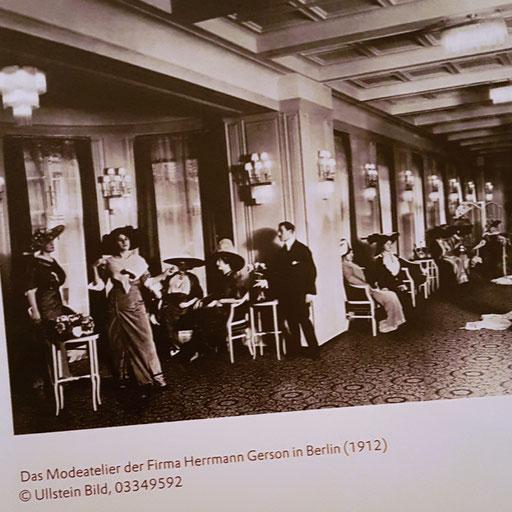 """Ausschnitt aus dem Buch """"Brennender Stoff"""" - Das Modeatelier von Herrmann Gerson, 1912"""