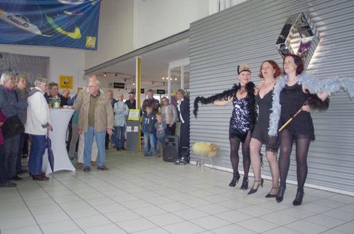 christine neu pralka dancers