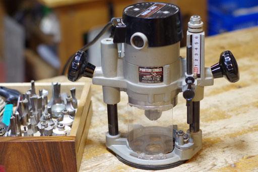 ルーター 指導料2,000円(税別) 軸径12.7mm(1/2inch)、6.35mm(1/4inch) 上下するプランジ型と固定のフィックス型あり