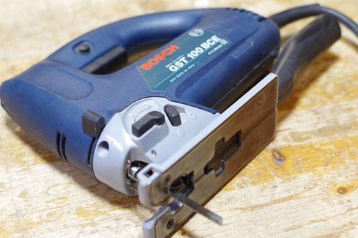 ジグソー 指導料2,000円(税別) 直線切り50mmまで 曲線切り20mmまで