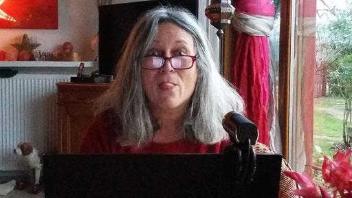 Angela zum ersten Mal am Videoskypen