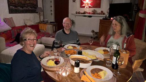 Vor-Weihnachtsessen mit Angela, René und Silvia