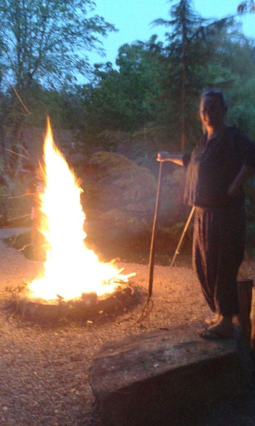 Juhui, ein Freudenfeuer