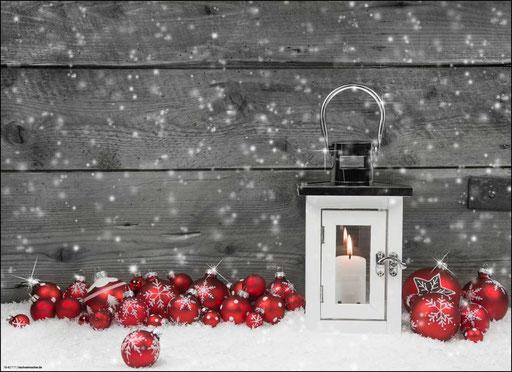 """""""Weihnachtliches Arrangement mit Windlicht und Christbaumkugeln"""" SKU: 18_42_111"""