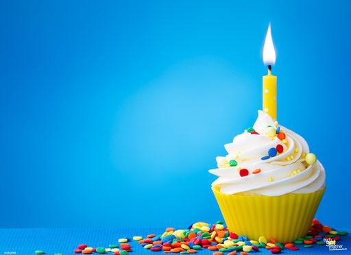"""""""Cupcake mit Zuckerstreußenln"""" SKU: 16_20_3_053"""