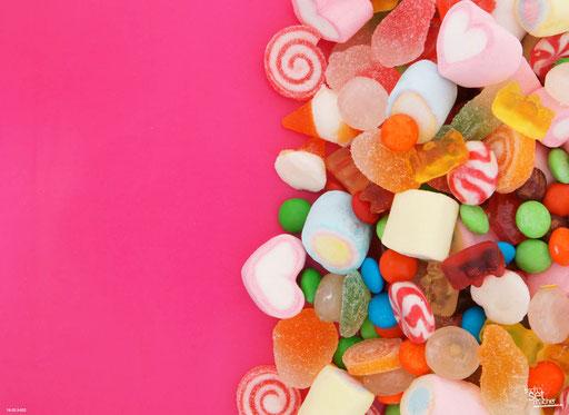"""""""Süßigkeiten auf pinkem Hintergrund"""" SKU: 16_20_3_032"""