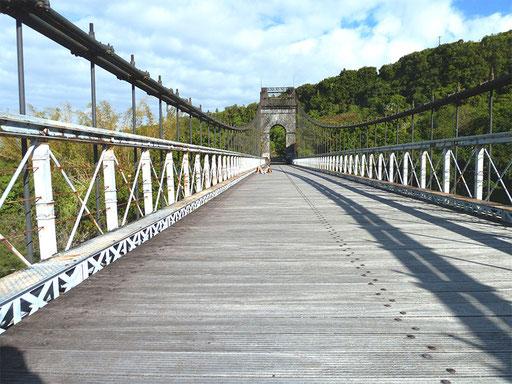 """Le """"Pont de Brooklyn"""" de la Rivière de l'Est"""