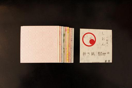 折り紙 ¥400+税  100枚入り90㎜×90㎜ ※柄、色はアラカルトです。