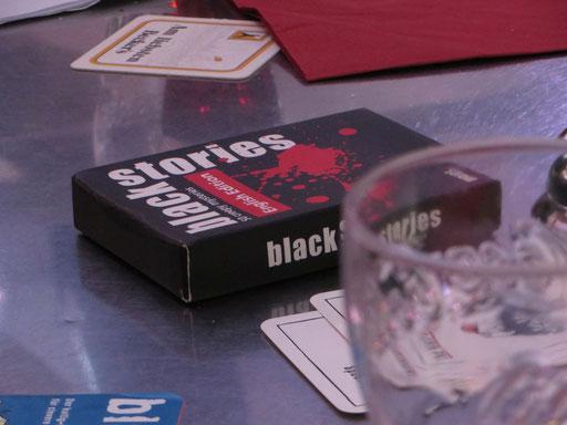 """Und als Absacker natürlich noch eine Runde """"Black Stories"""" ..."""