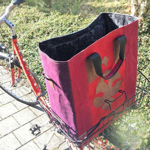 Selbstentworfene Shoppingtasche - passt genau in Velokorb - aus Kuloertexx, www.kreativearbeiten.ch