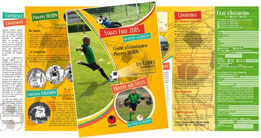 Brochure dépliant 3 volets - Stages de foot 2015 à Brécey