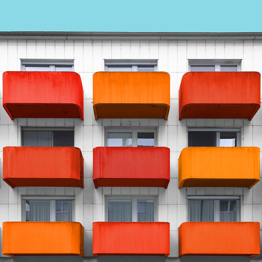 9 orange balconies - Linz