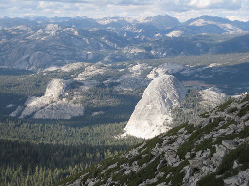 Fairview Dome on the right, Tuolomne Meadows - California