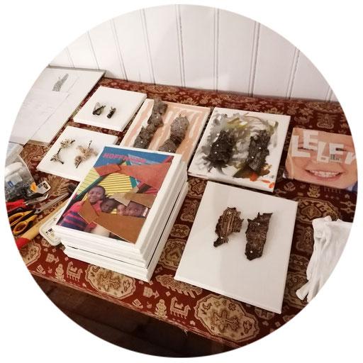 ca. 25 Ausstellungsexponate