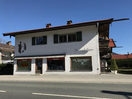 Wohn- und Geschäftshaus in Kreuth