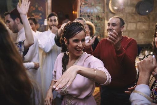 הרחבה וריקודים - צלם לחינה
