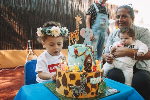 פווו פוו על נר העוגה - יום הולדת זו חגיגה