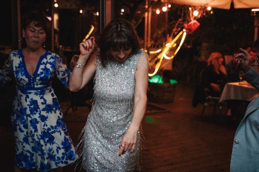 לא נופל מחתונה - מסיבת יום הולדת