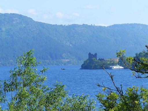 Loch Ness und....? ;o))