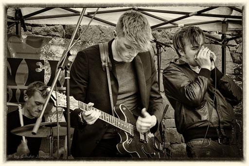 #062 Airweiler 4 - The Backyard Band