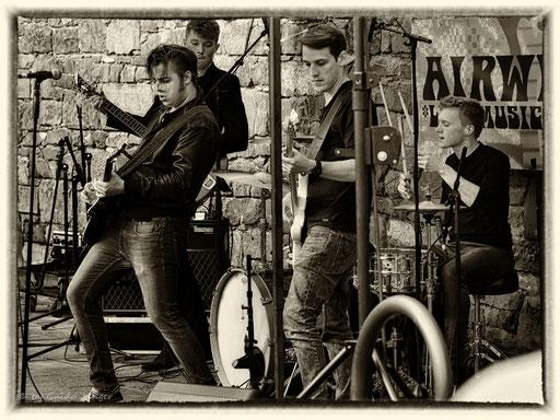 #060 Airweiler 4 - The Backyard Band