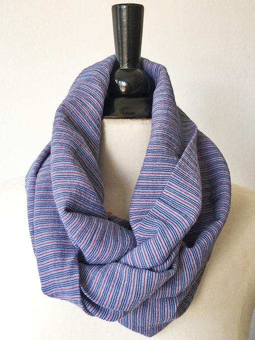 leichte Rundschals aus Baumwolle